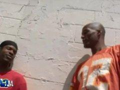 Blowjobs In vidz Da Hood!