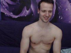 Muscle twink vidz flexing on  super cam