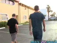 Public piss vidz boy gay  super xxx Ass At The Gas