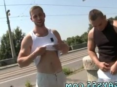 Dude caught vidz naked outdoors  super gay On this weeks