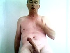 Richard Crowe vidz naked, shaved  super and masturbating to climax