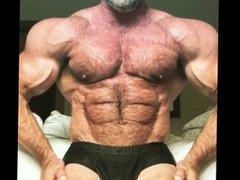 Hairy Bear vidz Bodybuilder Muscle  super Flexing - Thom A.