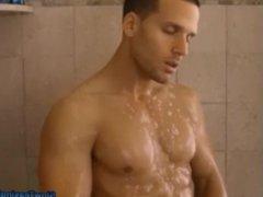 Muscle Man vidz Shower solo  super male