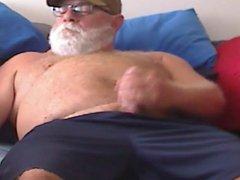Daddy Bear vidz Jizz
