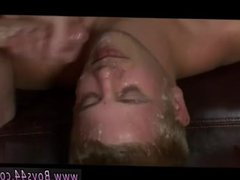 Men jerks vidz cock with  super cumshot and moaning xxx