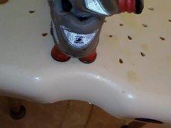 pissed Nike vidz Shox for  super traktormann