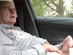 German man vidz wanking in  super car.mp4