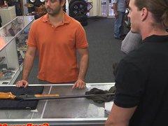 Amateur pawner vidz facialized in  super shops backoffice