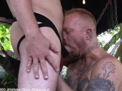 Tattoed Dude vidz Plugs Pig  super with Dildo in a Sling