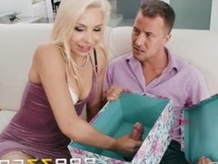 Blonde Bride vidz To Be  super Gets A BIG gift - Brazzers