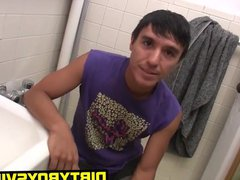Hunky latino vidz twink Nick  super strokes it in the bathroom solo