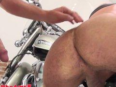 Silver biker vidz wolf spreads  super ass for bare cock