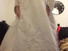 Playing in vidz Wedding Gown  super 02