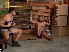 Casey Kole vidz in chains  super gets his ass hammered by Damien Stone