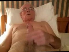 grandpa cum vidz on webcam