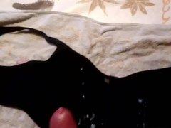 cum on vidz huge black  super bra