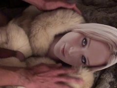 Playing with vidz Jennifer Lawrence  super in fur