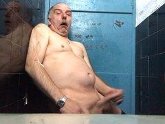 Cum in vidz public toilet