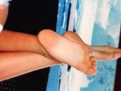 Cumming on vidz Kate Uptons  super feet
