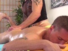 Twink amateur vidz massaged by  super a tattooed hunk