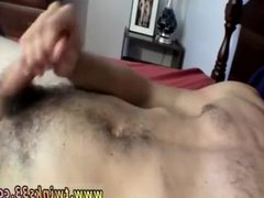 s jerking vidz off guys  super gay hauling back on one