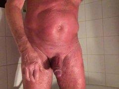 massage with vidz a scrubber...