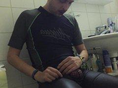 ETHAN YOVIS vidz TRAPPED BY  super GAY CLOTH SPYCAM IN BATHROOM DIRTY