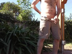 Jerkoff outside vidz in backyard,  super no pants, with cum