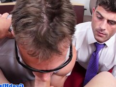 Stud boss vidz cocksucking on  super his knees POV