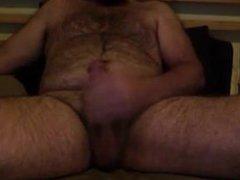 Bearded guy vidz cums and  super tastes his cum