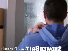 ShowerBait Shower vidz spy fucks  super straight guy with facial