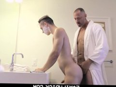 FamilyDick - vidz Shy Son  super Get Taught By Daddy to Shave