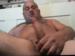 Mature Man vidz Jerk Off