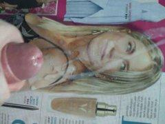 Jennifer Aniston vidz cum tribute.