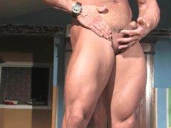 Muscle God vidz Buck Branson  super Muscle Flexing Jerk Off & Cums