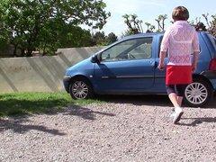Diana et vidz sa voiture  super de rencontre