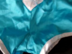 Cum on vidz shiny blue  super hotpants