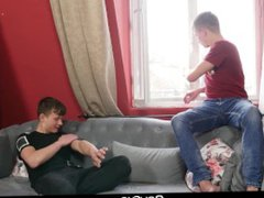 Boyfun - vidz Twinks Fuck  super Bareback After Snowball Fight