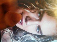 Kate Upton vidz cum tribute  super 8