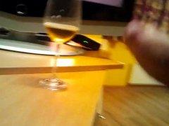 cum on vidz wine glase