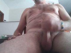 6 28 vidz 18 Danrun  super oozes his tasty Cum on his stomach for ya