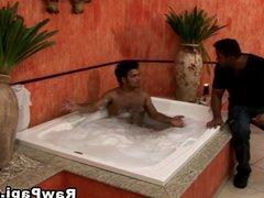 Buff Brown vidz Papi Barebacked  super On Bathtub