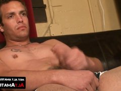 Inked handsome vidz guy whips  super his big dick out and jerks it off