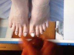 Sexy feet vidz tribute #  super 13 footjob199's sexy wife's feet