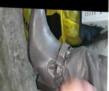Cum on vidz Boot