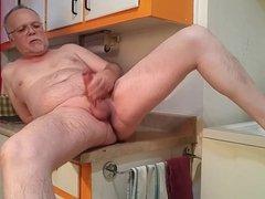 My hard vidz cock pissing.