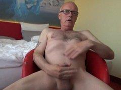 Ulf Larsen vidz in Berlin  super - public ejaculation!