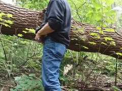 Mike Muters vidz IS the  super Monster in the woods