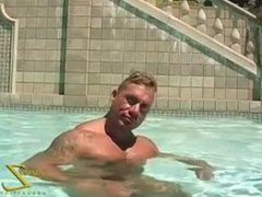 Muscle stud vidz by the  super pool