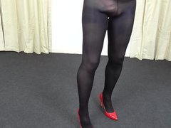 Trans in vidz nylons and  super red heals close up fetish